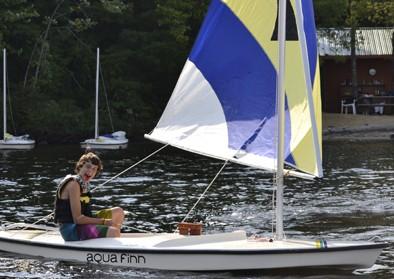 boy-sailing