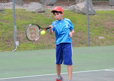 boy-tennis