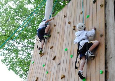 boys-climbing-wall
