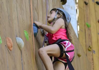 girl-climbing-wall