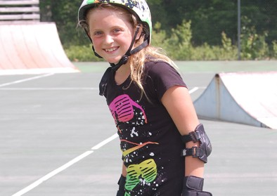 girl-skateboarding