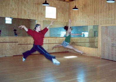 girls-dance