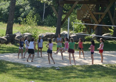 girls-volleyball