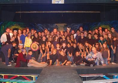 theatre-cast-02